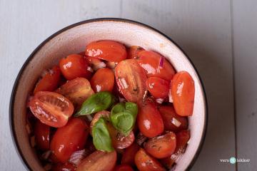 Cherry_tomaten_salade